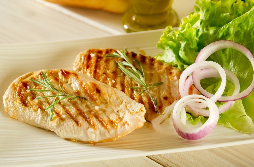 9 low fat high protein foods that'll still keep you fuller for longer!