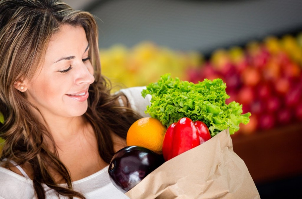 How to follow the vegetarian food pyramid for optimum health and weight loss.